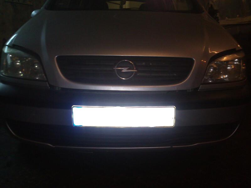 Opel Zafira 60KW 2000 m dalys