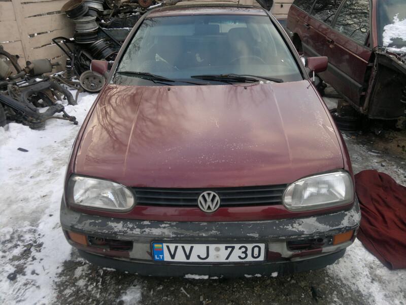 Volkswagen Golf III kaip naujas 1.8mono 1995 m. dalys