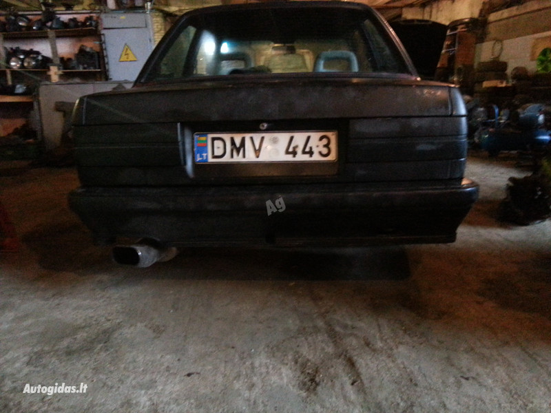 Bmw 318 E30 M-tech1  1986 m dalys