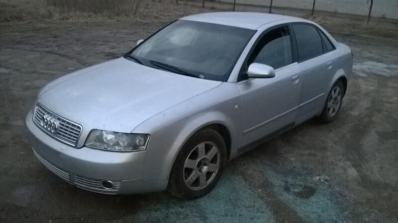 Audi A4 B6 2003 m dalys