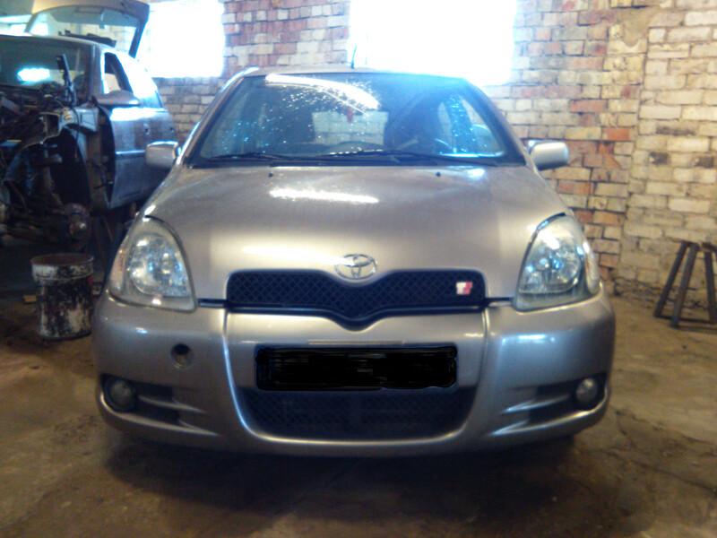 Toyota Yaris I 1.5VVTI 2002 m dalys