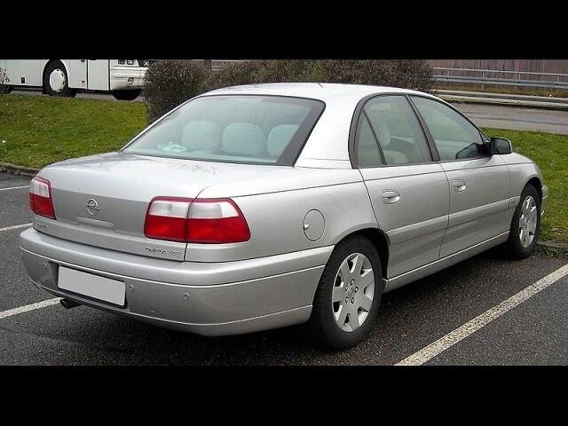 Opel Omega B FL 2002 m dalys