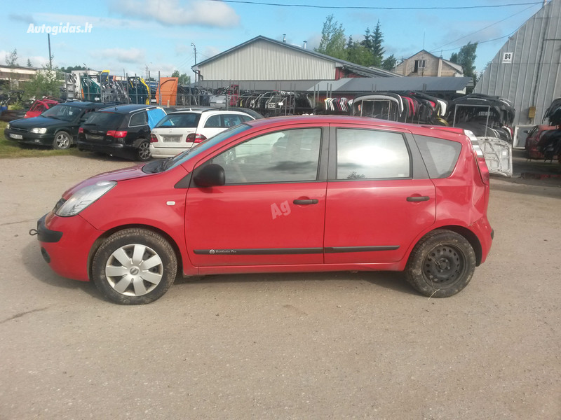 Nissan Note I 2006 m. dalys