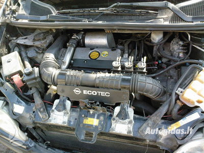 Opel Sintra 2001 m dalys