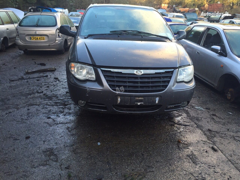 Chrysler Grand Voyager III 2005 m dalys