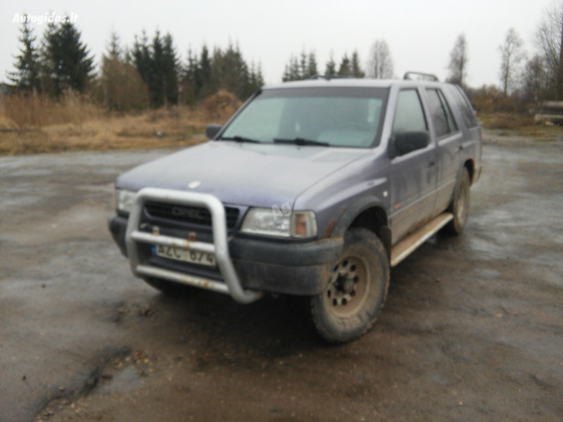 Opel Frontera A 1992 m dalys