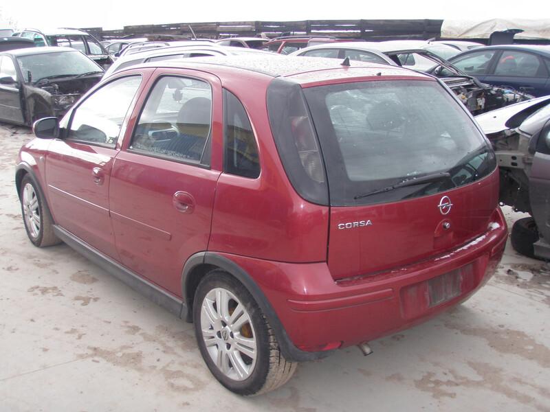 Opel Corsa C 2006 m dalys