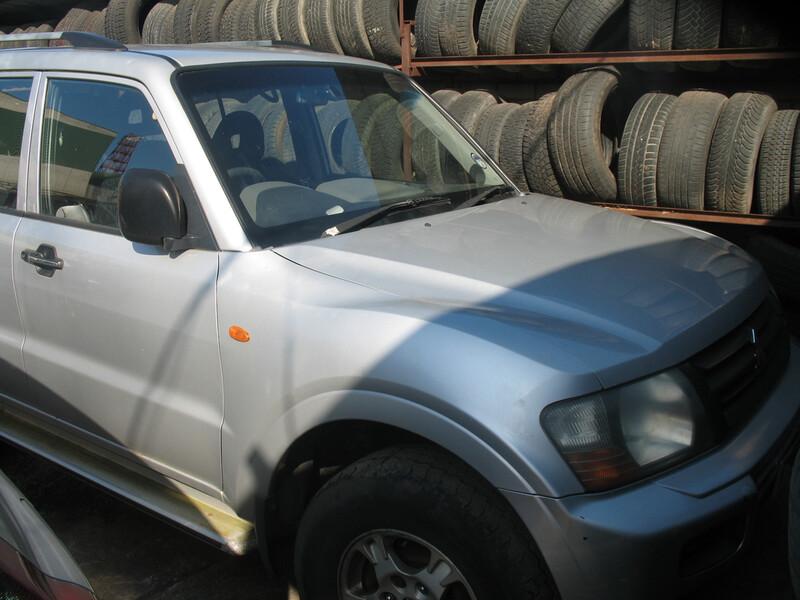 Mitsubishi Pajero III 2003 m dalys