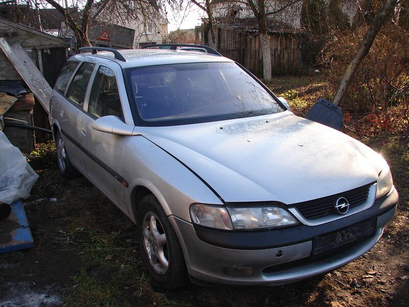 Opel Vectra B 2001 m dalys