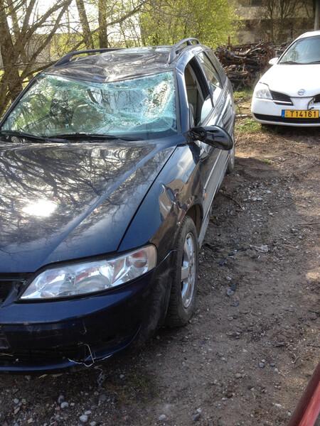 Opel Vectra B tddi 2001 m dalys