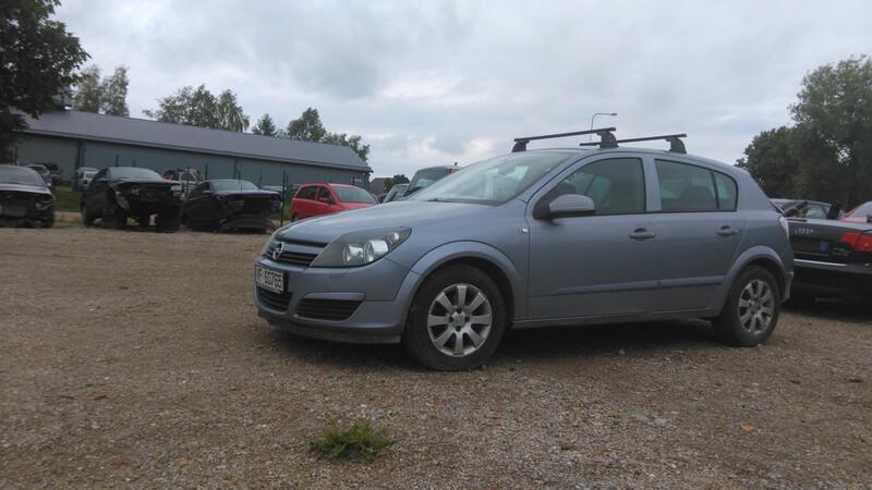 Opel Astra II 2005 y. parts