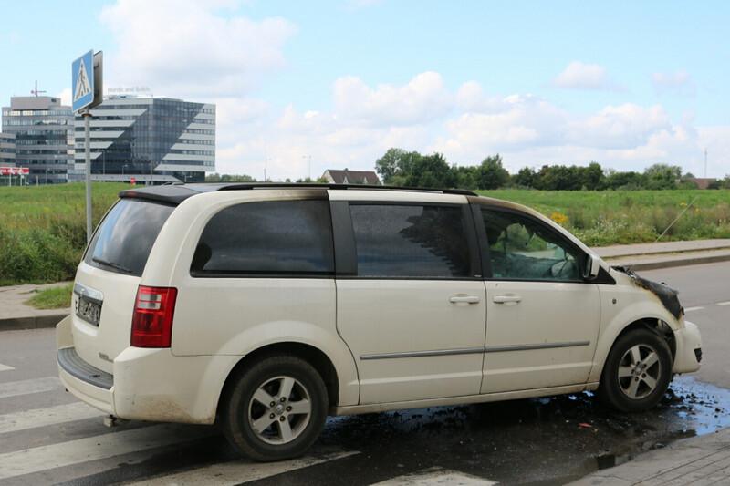 Dodge Grand Caravan 2010 г. запчясти
