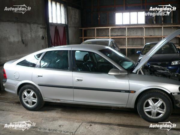 Opel Vectra B 2002 y. parts