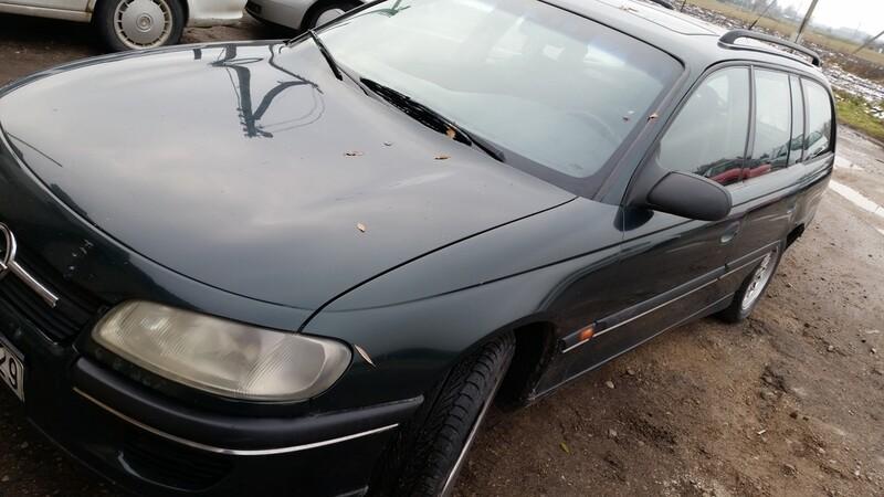 Opel Omega B 1996 m. dalys