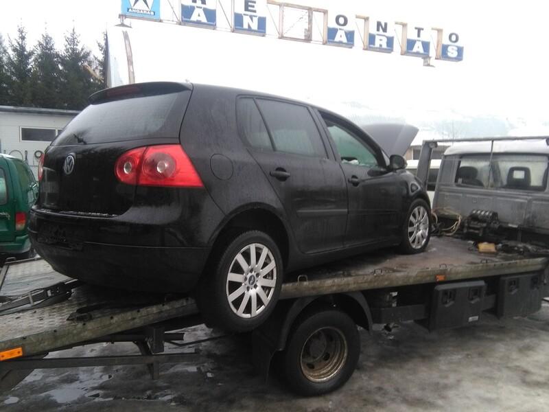 Volkswagen Golf V 1.9 77 kw europa BKC 2006 m. dalys