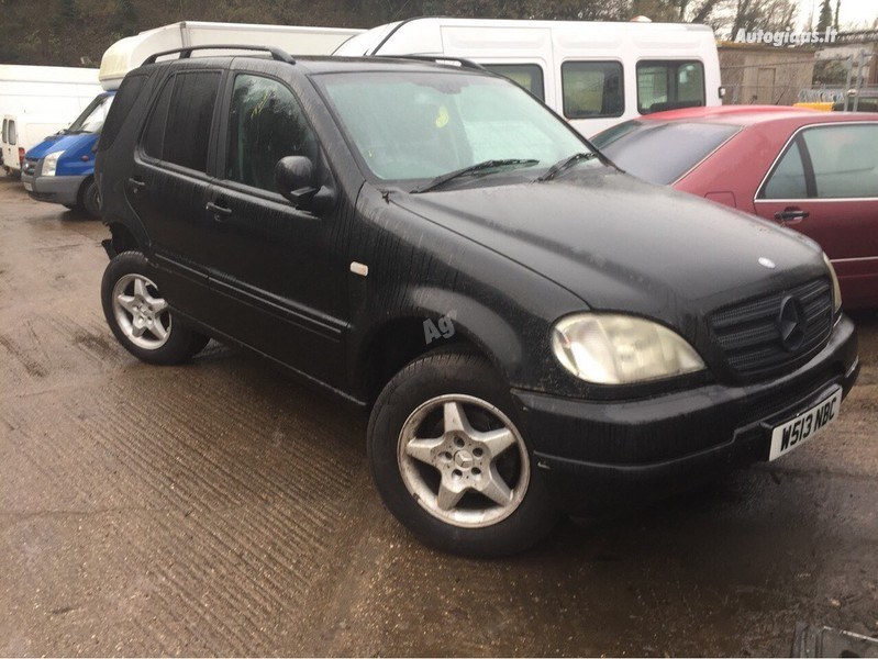 Mercedes-Benz Ml 270 W163 2002 m dalys
