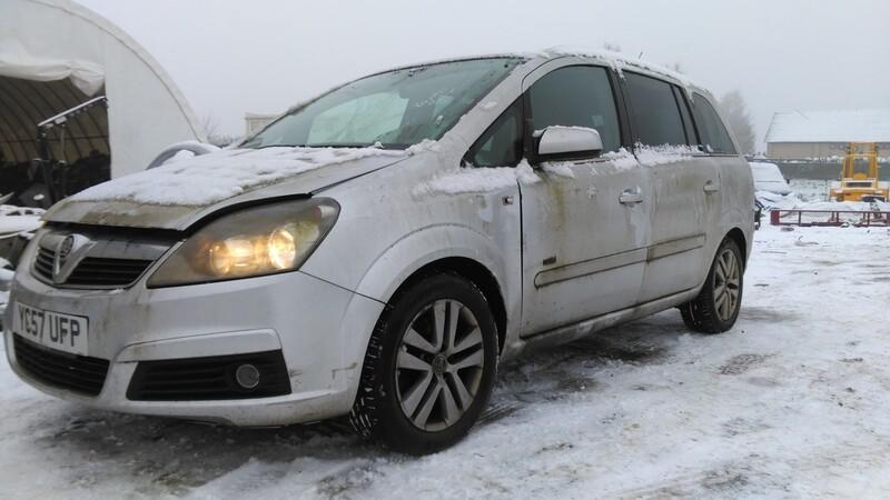 Opel Zafira B 2007 y. parts