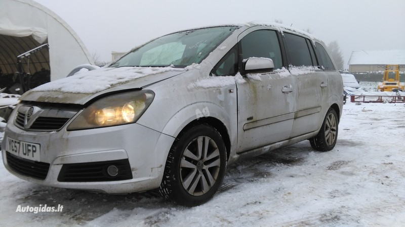 Opel Zafira B 2007 y. parts