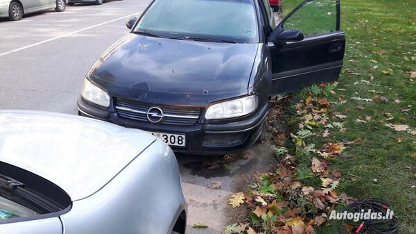 Opel Omega 1998 y. parts