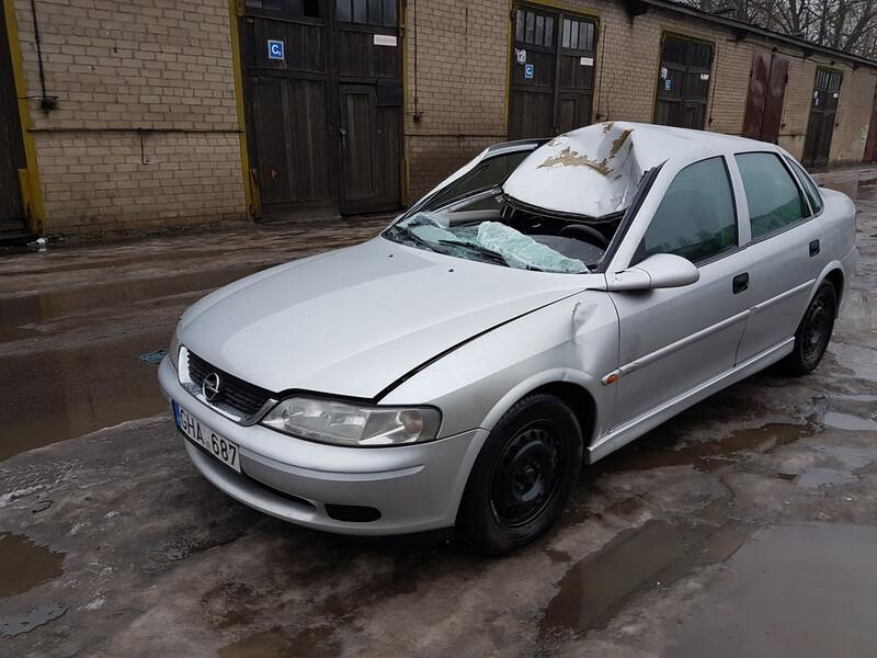 Opel Vectra B 2.0 DYZELIS 74 KW 2001 y parts
