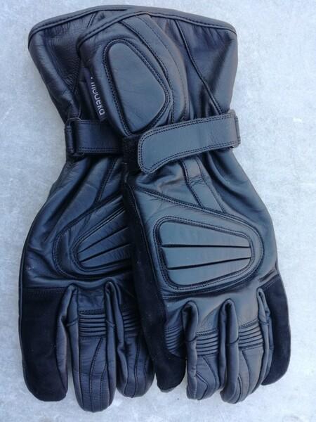 Gloves  Modeka