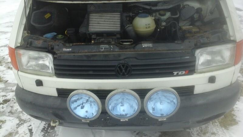 Volkswagen Caravelle 1998 г. запчясти