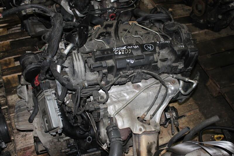 Volvo Xc 70 D5244T4 2007 m. dalys