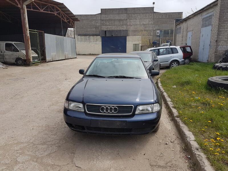Audi A4 B5 1.6 BENZINAS 74KW 1998 m dalys