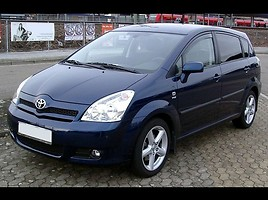 Toyota Corolla Verso   Van