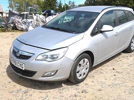 Opel Astra III 2012 m. dalys