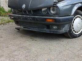 BMW 318 E30  Седан