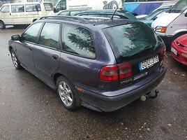 Volvo V40 1998 m. dalys