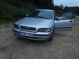 Volvo V40 I 2000 m. dalys