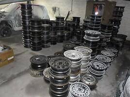 Audi AUDI  Plieniniai štampuoti R15