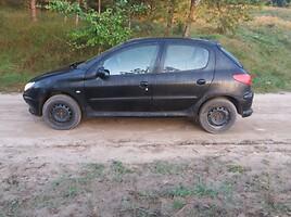 Peugeot 206 2000 г. запчясти
