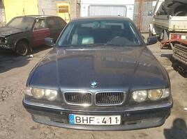 BMW 730 E38
