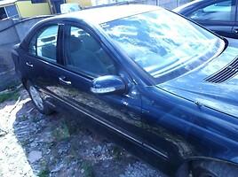 Mercedes-Benz C Klasė 2002 m dalys