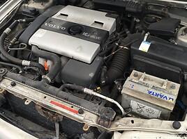 Volvo V40 I 1997 m. dalys