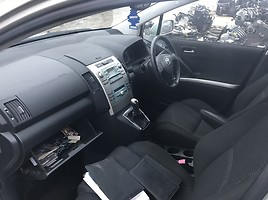 Toyota Avensis Verso 2009 m. dalys