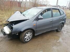 Nissan Almera Tino   Минивэн