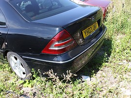 Mercedes-Benz C 220 W203 2003 m dalys