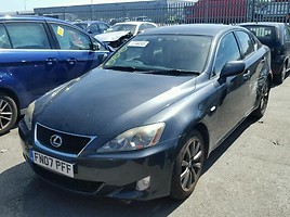 Lexus IS 220