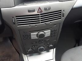 Opel Astra III 2006 m. dalys