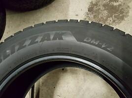 Bridgestone BLIZZAK DM-V2 apie6, R18 žieminės  padangos lengviesiems