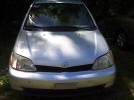 Toyota Echo Sedanas 2002