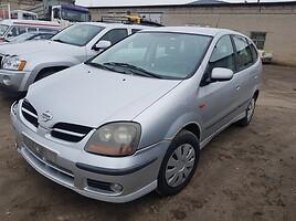 Nissan Almera Tino Hečbekas 2001