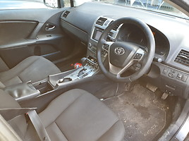 Toyota Avensis III 2010 m. dalys
