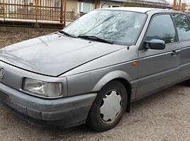 Volkswagen Passat B3 55 kW Sedanas 1993