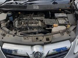 Opel Corsa D 2008 y parts