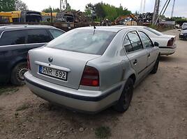 Skoda Octavia 2000 m dalys